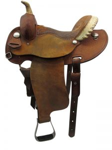 used-courts-wide-barrel-saddle-usct3389